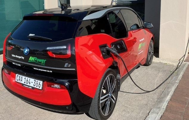 Installing PV With Your Electric Vehicle (EV)